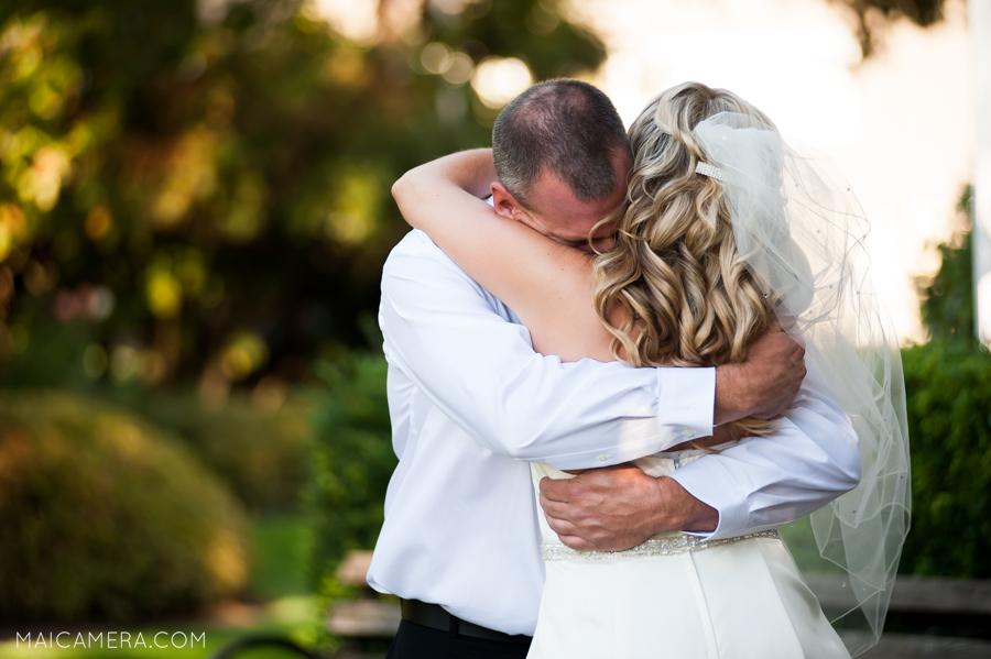 Oaks Pioneer Church Wedding by Portland Wedding Photographer MaiCamera Photography