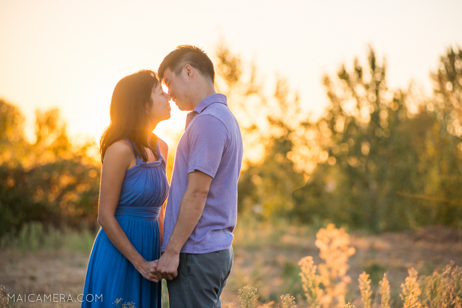 Portland Sunset Engagement photo by MaiCamera Photography