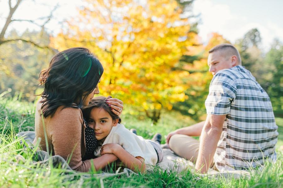 fall family portrait session, hoyt arboretum, portland, fall