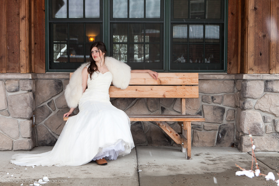 Photos-by-cambrae-winter-weddings-001